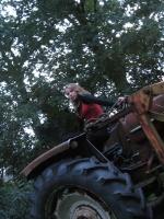 Noor op de tractor